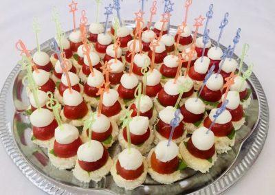 №14 Плато с моцарела и чери домати